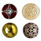 ПУГОВИЦЫ МЕТАЛЛИЧЕСКИЕ- Пуговицы металлические на ножке. Сферические, полусферические, простые, нарядные, со стразами, с эмалью или другими видами отделки. Большой диапозон размеров, цветов и покрытий.